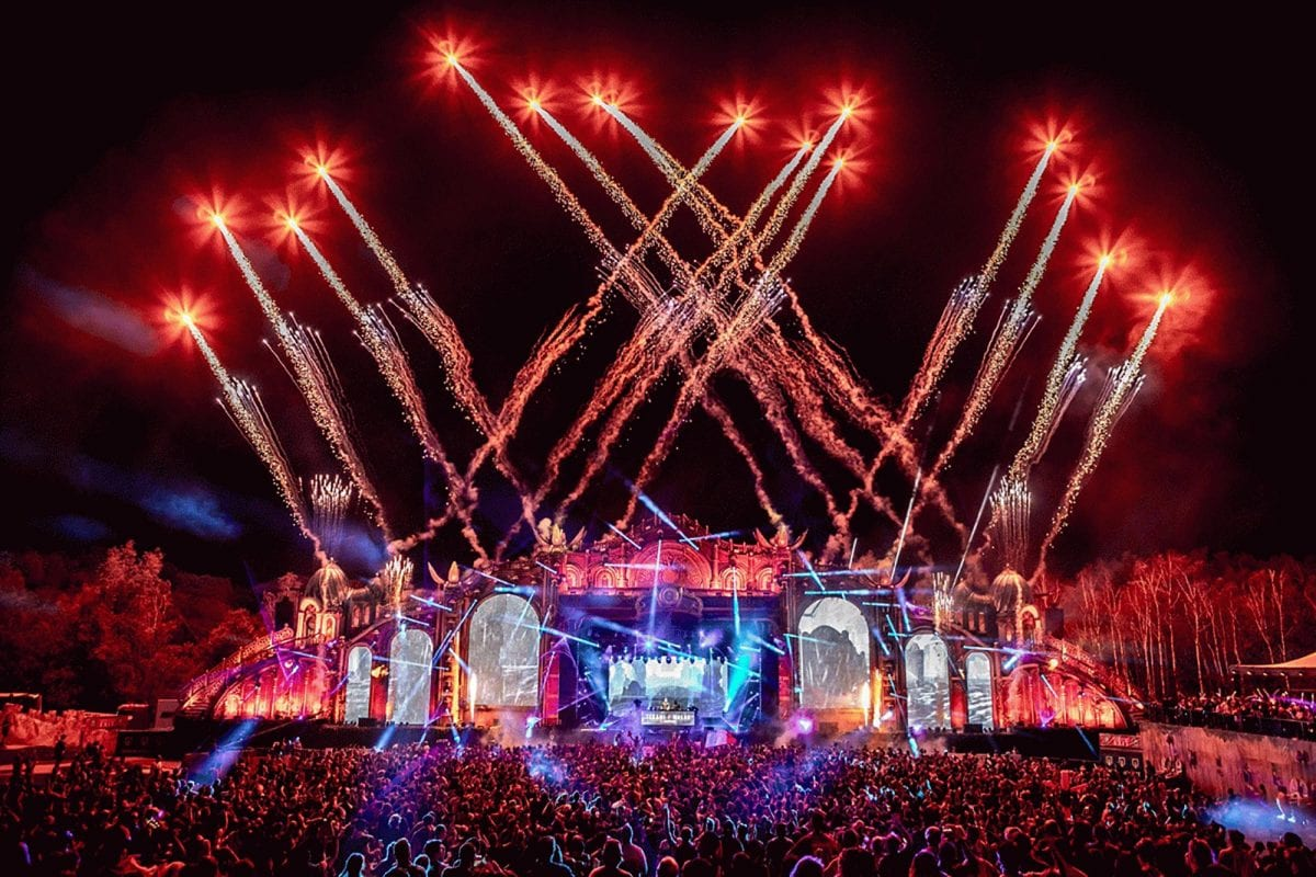 End Show Tomorrowland