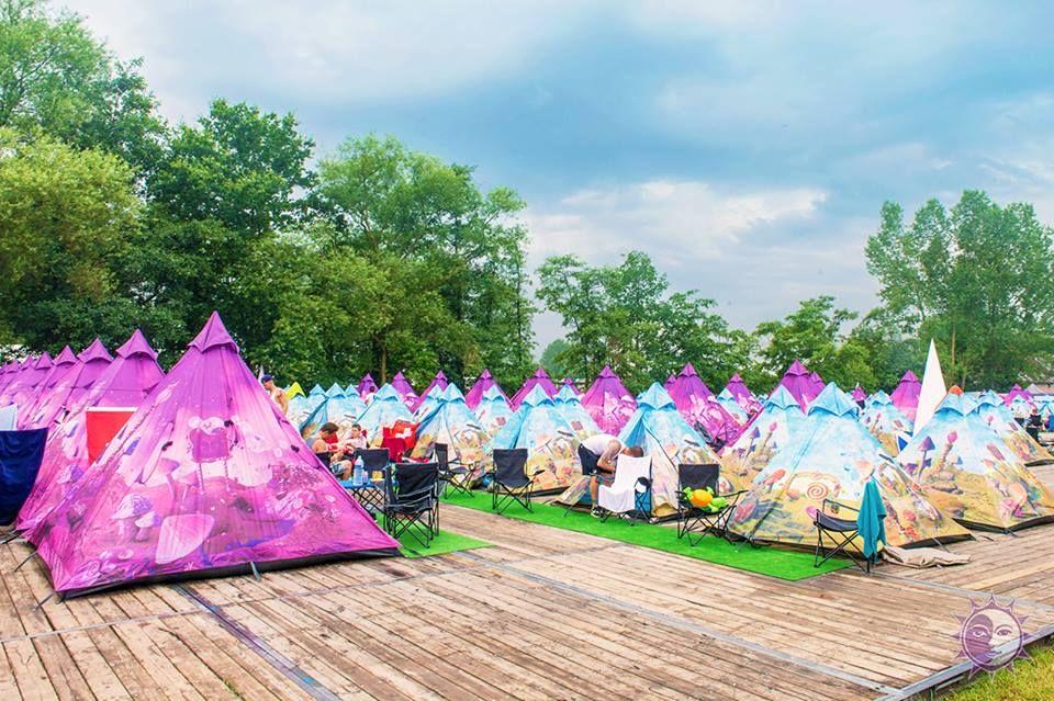 Spectacular Easy Tent campingen